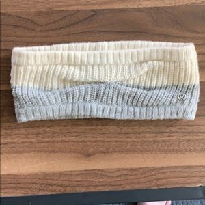 Lululemon knitted head band